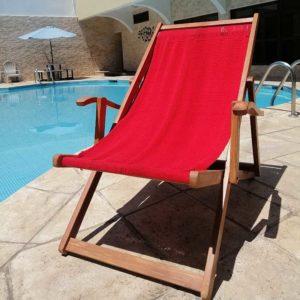 silla playera nicaragüense roja